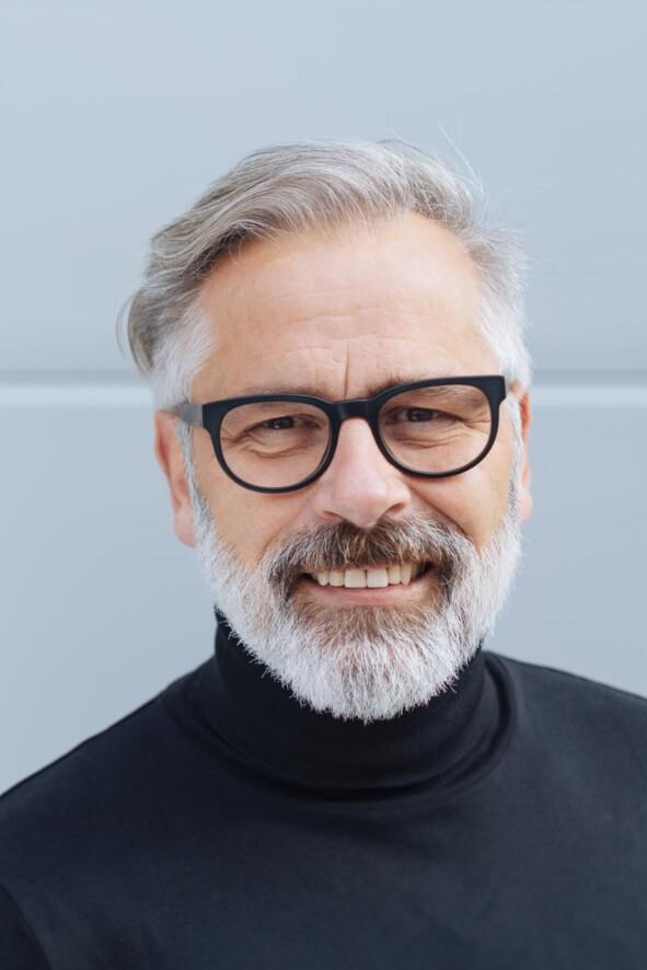 man-with-eyeglass
